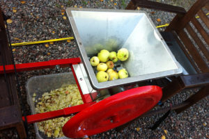 Ny utrustning för att göra äppelmust 2